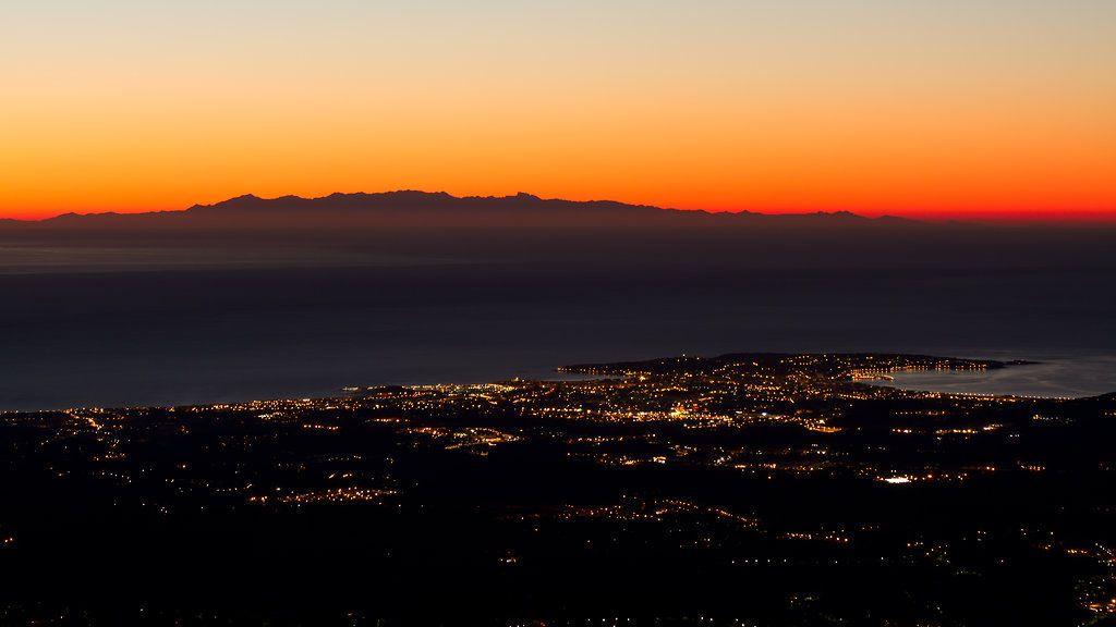 Découvrez les plus belles images de la Corse prises depuis le continent. Un phénomène naturel époustouflant !