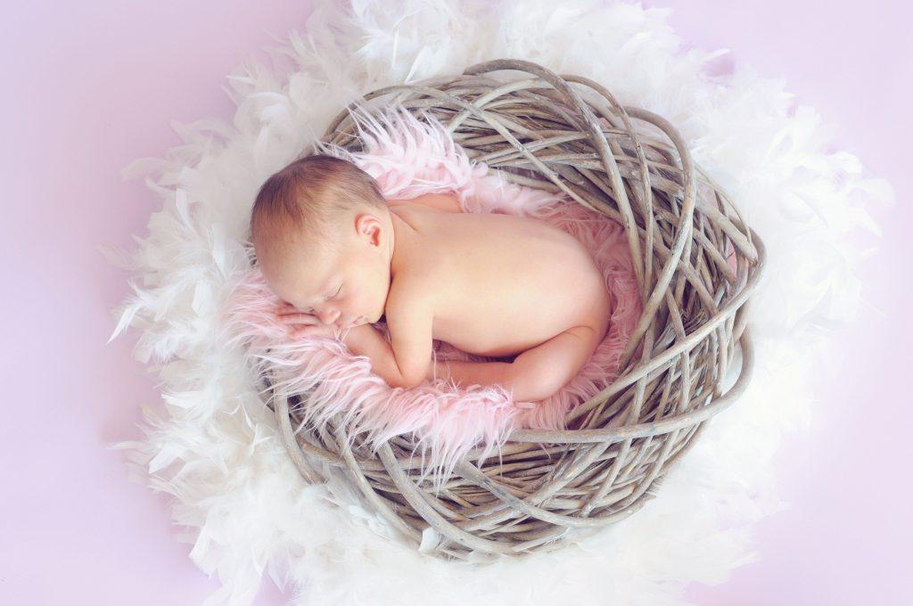bébé nouveau-né